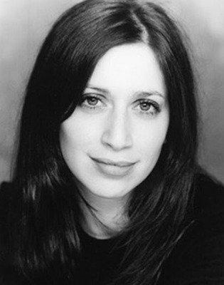 Shelley Blond, primeira dubladora de Lara Croft.